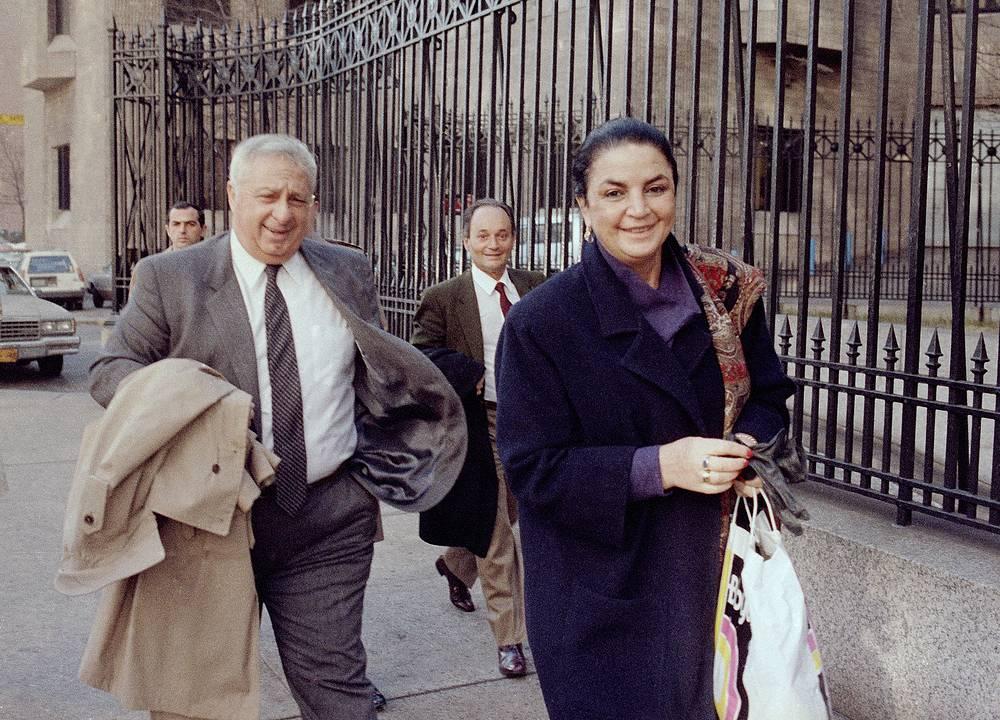 Ариэль Шарон с супругой Лили в Нью-Йорке, 13 ноября 1984 г.