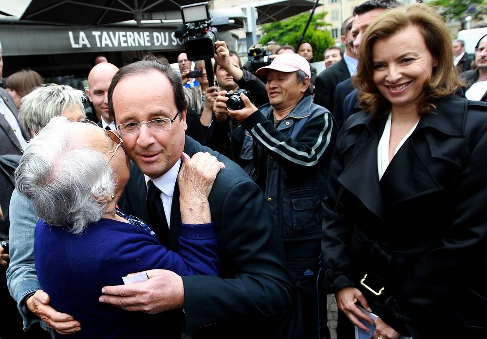 Накануне первого тура всеобщих выборов во Франции, июнь 2012