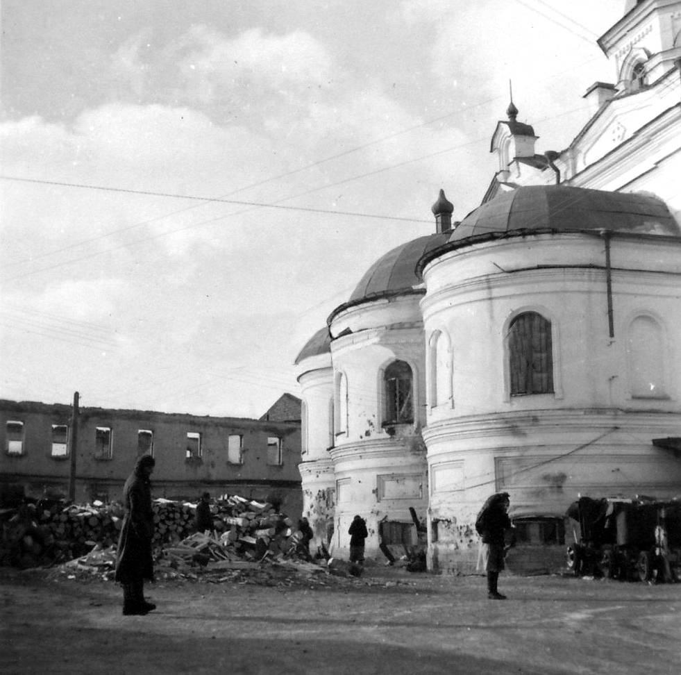 Духов монастырь в Новгороде, март 1943 года