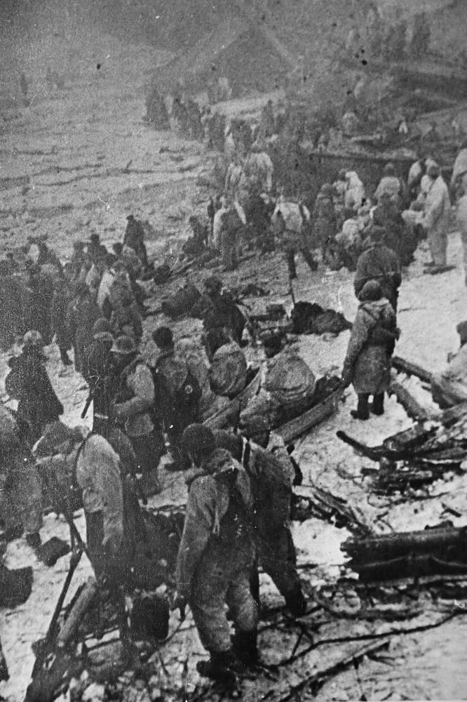 Новгородская операция.Река Волхов, 1944 год