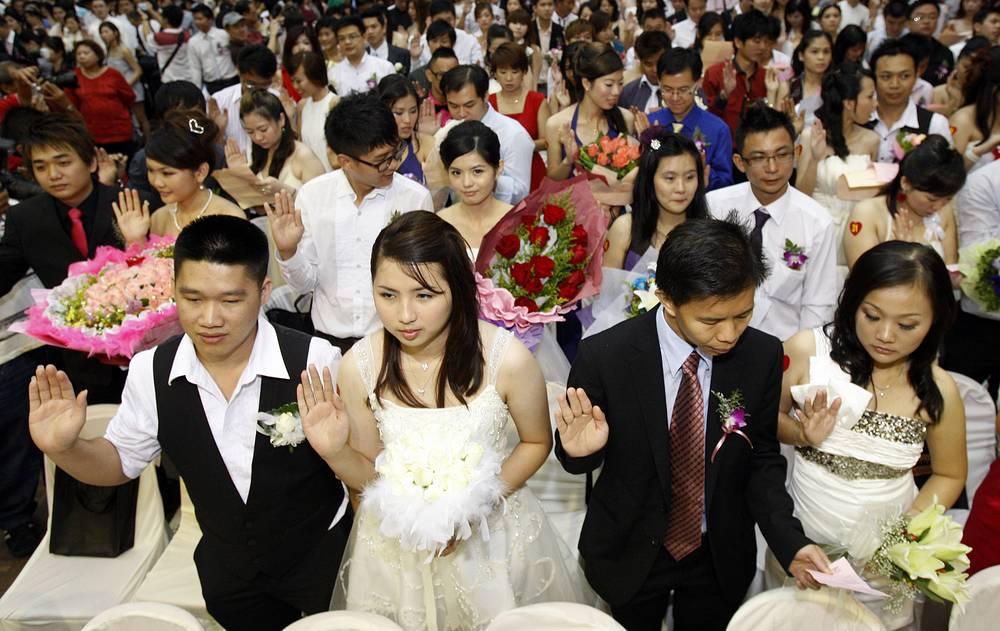 Массовая церемония бракосочетания в Малайзии, 2011 год