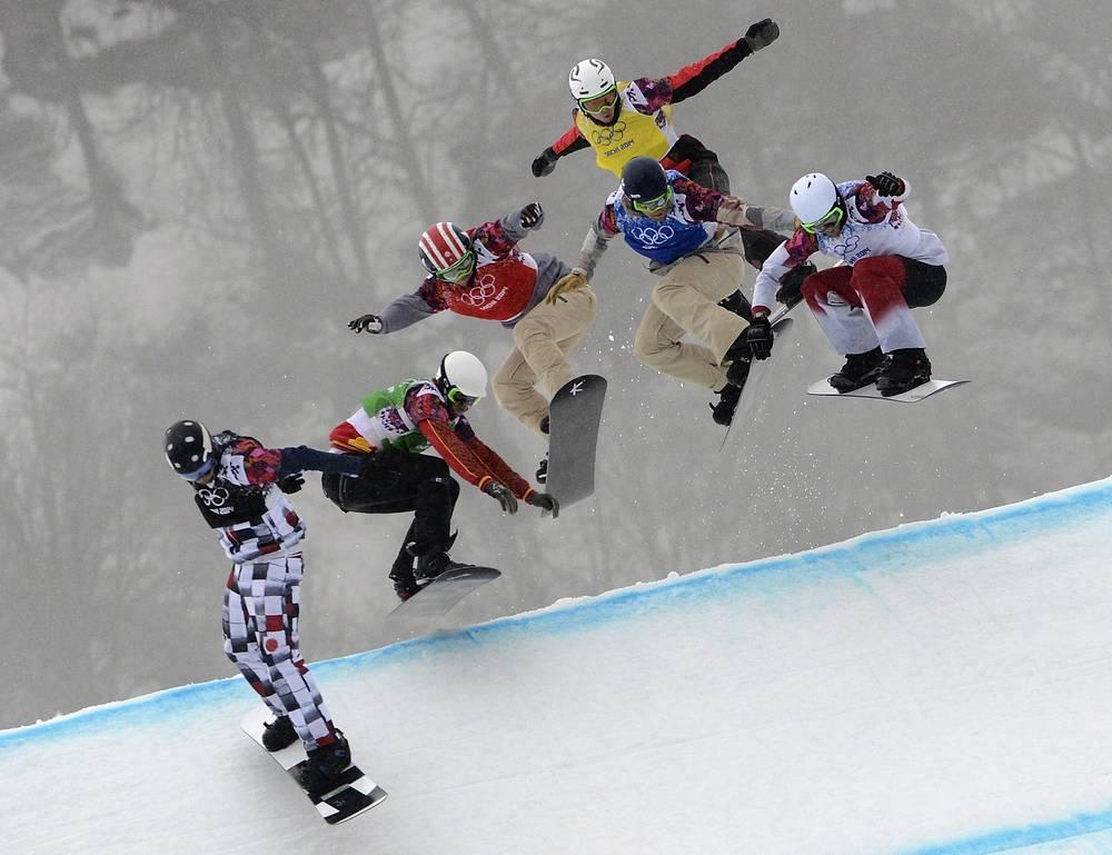 Российский спортсмен Николай Олюнин, испанский спортсмен Лукас Эгибар, американские спортсмены Тревор Джейкоб и Алекс Диболд, норвежец Стиан Сивертцен и канадский спортсмен Кевин Хилл (слева направо)