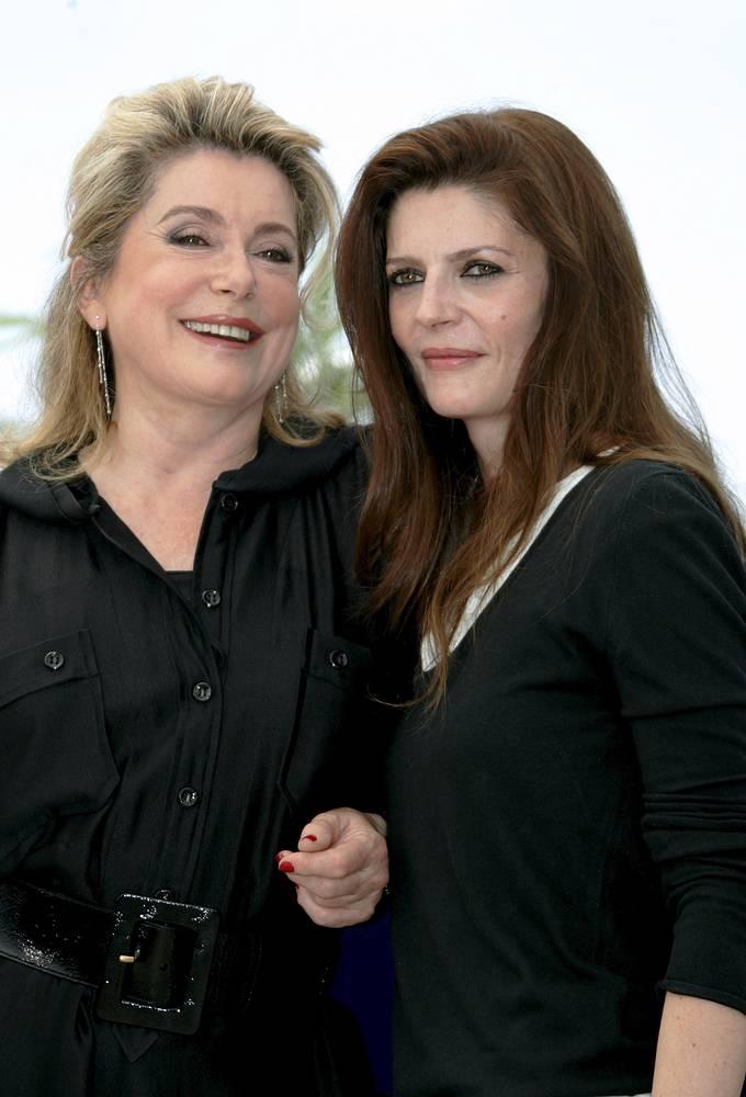 Катрин Денев с дочерью Кьярой Мастрояни, 2012 год