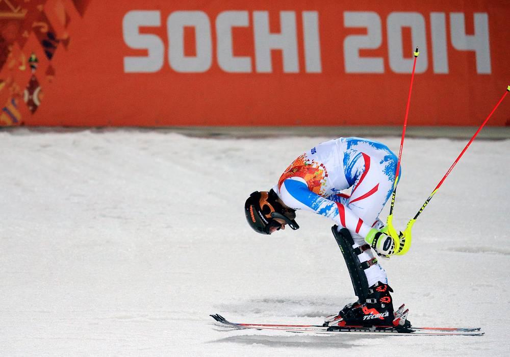 Австрийский спортсмен Марио Матт во время соревнований по горным лыжам в слаломе среди мужчин