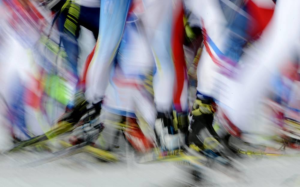 Масс-старт свободным стилем на 50 км среди мужчин