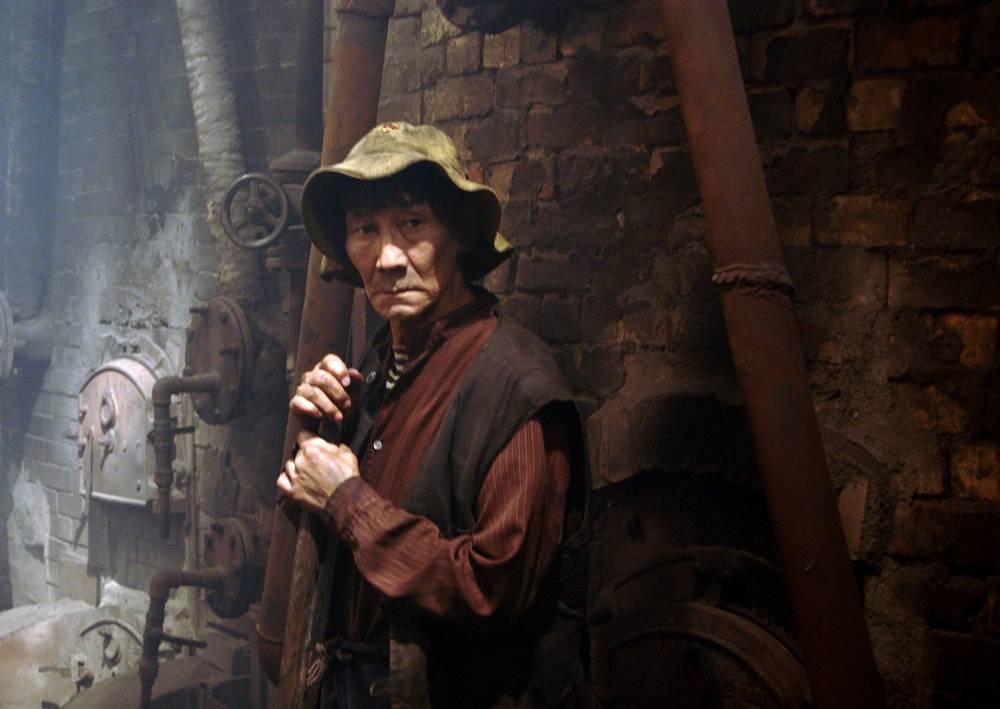 Михаил Скрябин в сцене из фильма режиссера Алексея Балабанова «Кочегар».