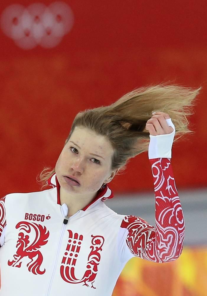 Ольга Фаткулина после финиша в первом забеге на 500 метров