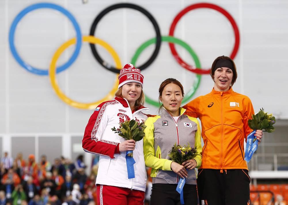 Ольга Фаткулина завоевала серебряную медаль в забеге на 500 метров в соревнованиях по конькобежному спорту среди женщин на XXII зимних Олимпийских играх