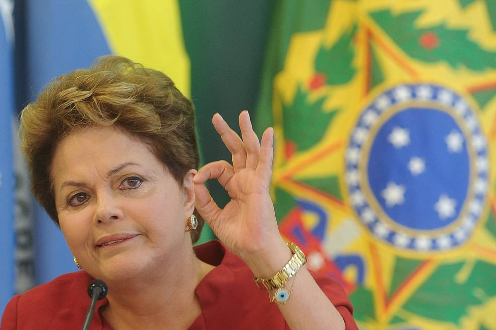 Дилма Русеф 1 января 2011 года стала первой женщиной-президентом Бразилии. В 1970 году Русеф была арестована, в тюрьме ее подвергали пыткам, в 1972 году она вышла на свободу. В 2009 году вылечилась от рака лимфатических узлов.