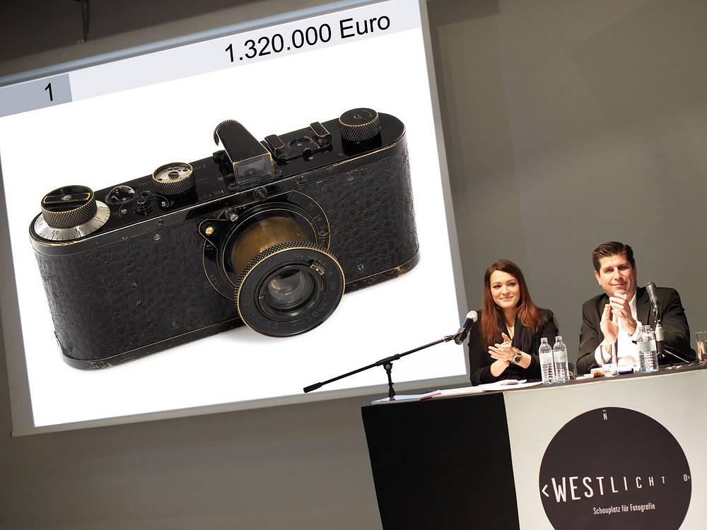 Leica O 1923 года была продана за €1,3 млн в мае 2011 года на аукционе WestLicht