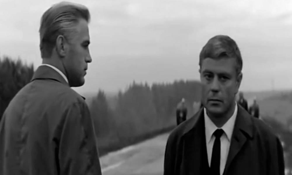 """Полковник Константин Ладейников. """"Мертвый сезон"""" (1968). Сцена обмена резидентами на мосту стала классикой мирового кинематографа"""