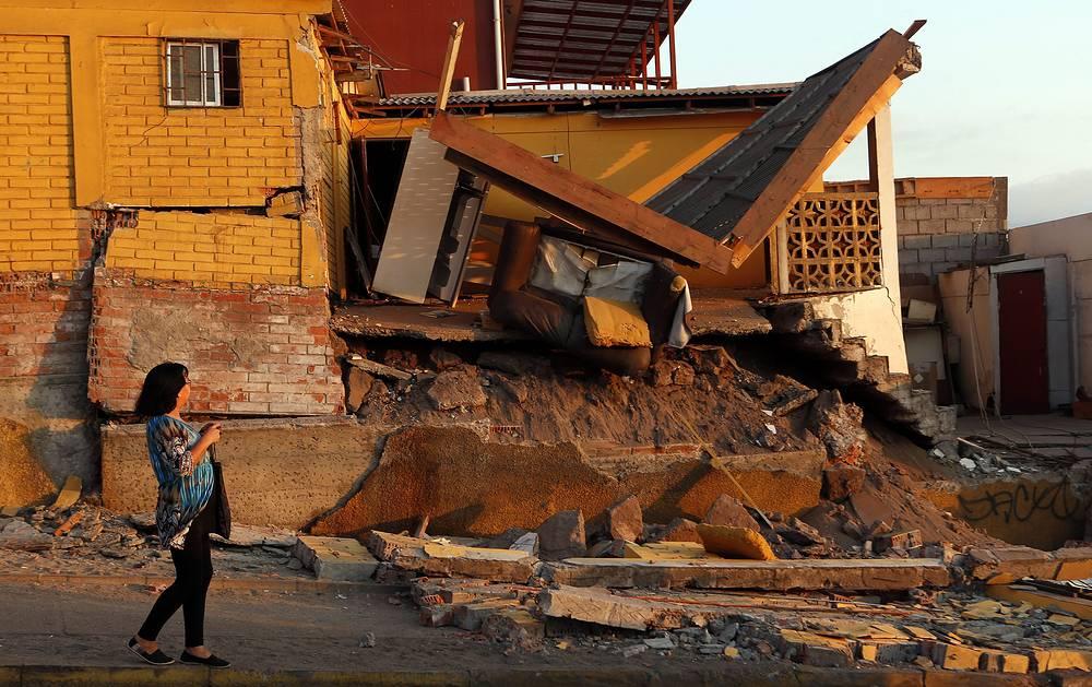 В результате землетрясения произошли незначительные повреждения зданий и дорог, нарушена подача электроэнергии