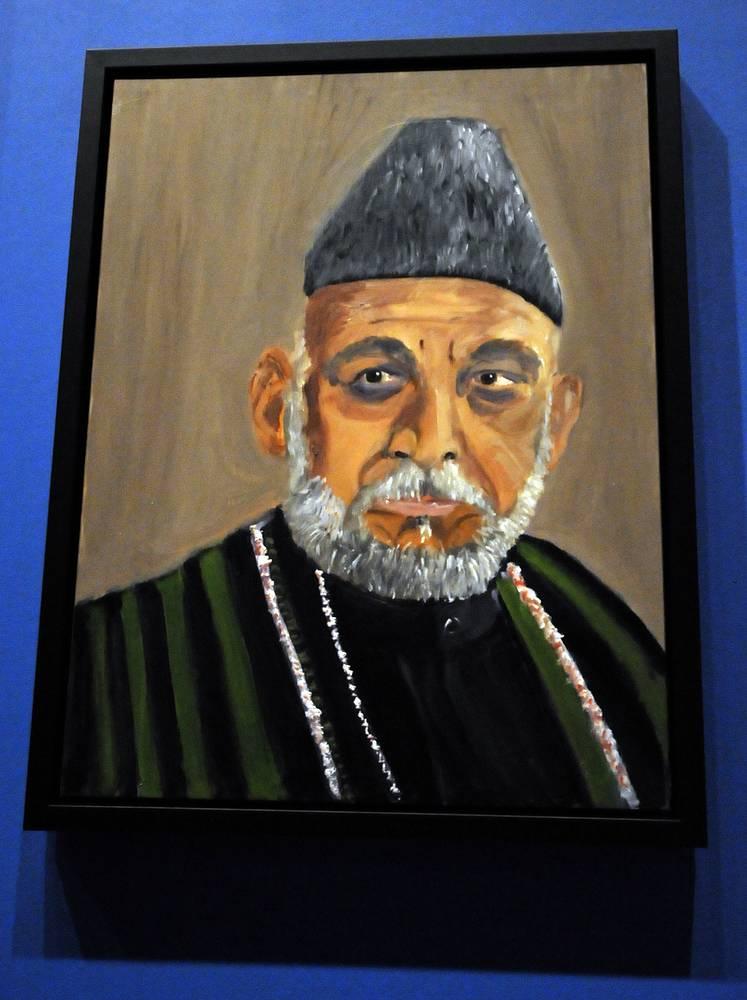 Портрет президента Афганистана Хамида Карзая