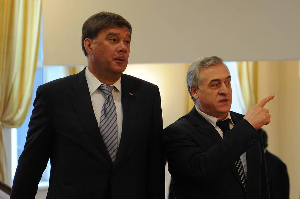 Депутат Заксобрания Свердловской области Алексей Кушнарев и вице-премьер области Яков Силин (слева направо)