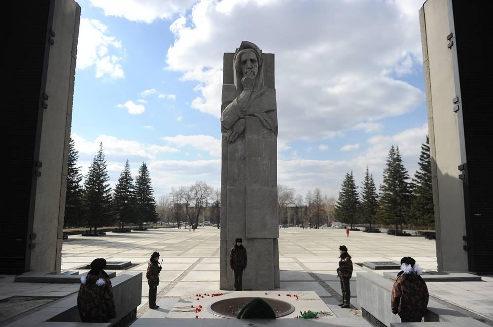 Мемориальный ансамбль «Монумент Славы»
