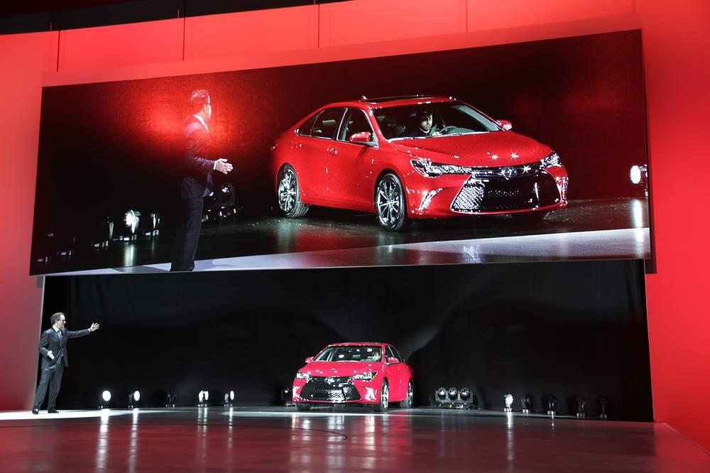 Обновленную модель Camry презентовала Toyota