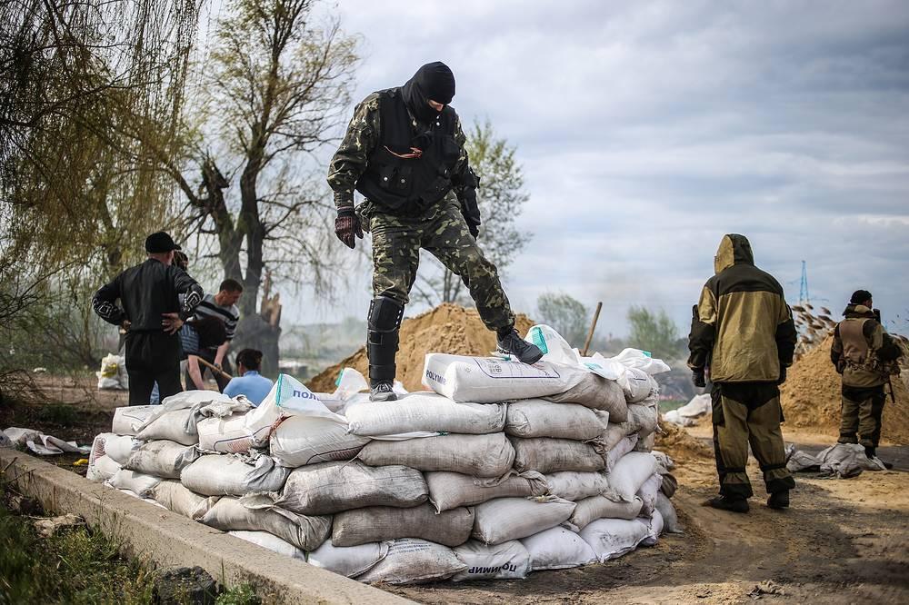 Блокпост народного ополчения Донбасса на трассе Ростов-Харьков