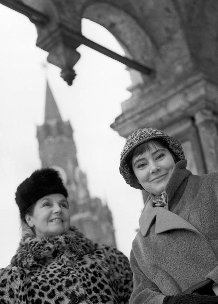 Актрисы Тамара Макарова (слева) и Татьяна Самойлова. 1964 год