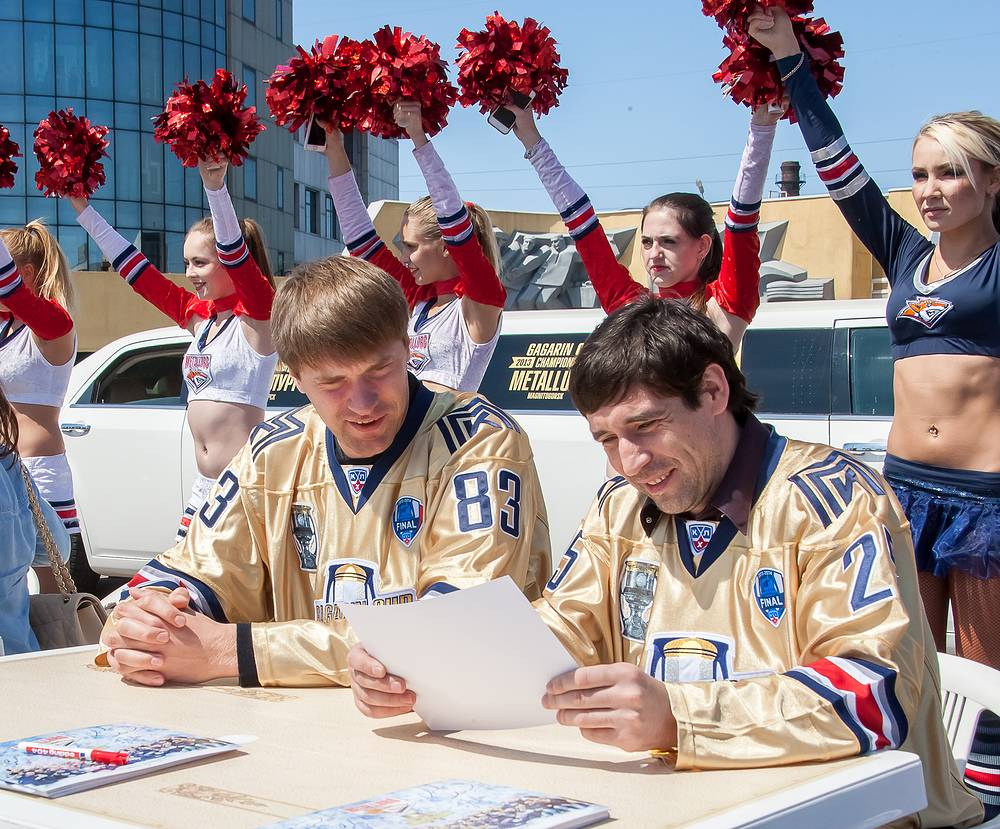 Данис Зарипов и Василий Кошечкин (слева направо)