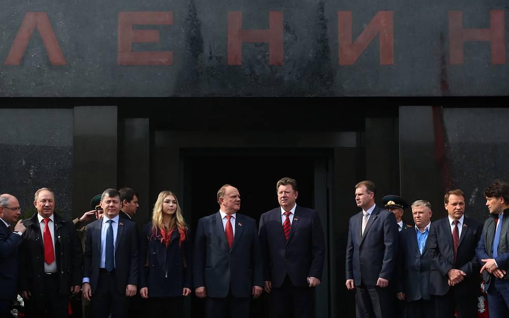 """О ситуации на Украине: """"И если завтра этот режим нацистский укрепится и под руководством американских спецов, послезавтра вы будете думать, как обеспечить свою безопасность... По сути дела, будет сломан весь военно-стратегический паритет, за который мы заплатили 20 миллионов жизней на войне и три поколения, треть национального богатства, чтобы создать"""""""