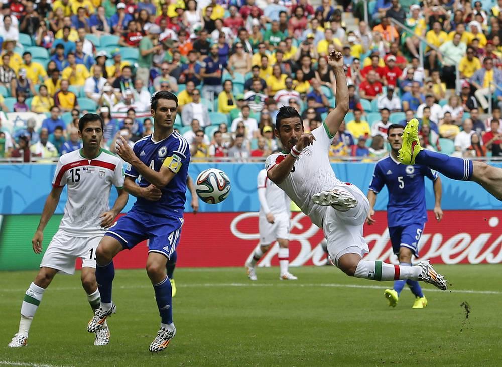 Зато они смогли хотя бы забить один гол - это сделал Реза Гучаннеджад. Таким образом, впервые с 1998 года, когда на ЧМ стали играть 32 команды, смогли забить все команды.