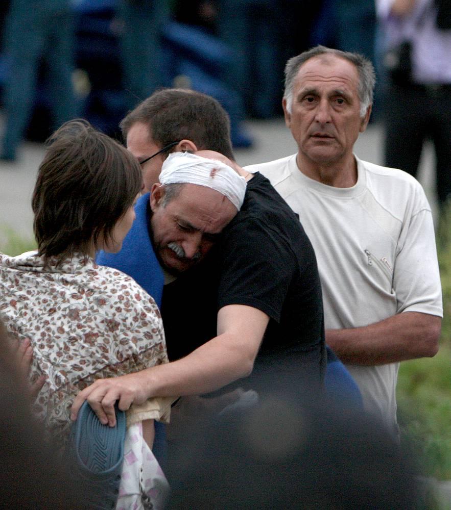 Трагедия унесла жизни 122 человек, среди которых 28 детей. 12 июля был объявлен в России днем траура