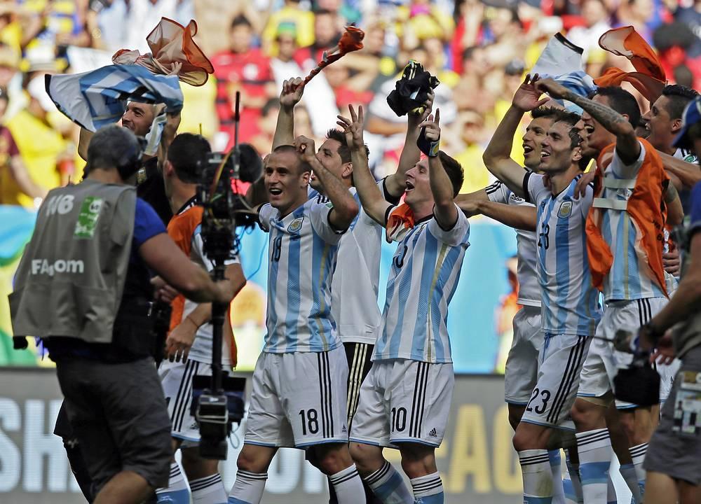 Победа позволила аргентинцам впервые с 1990 года выйти в полуфинал мирового первенства