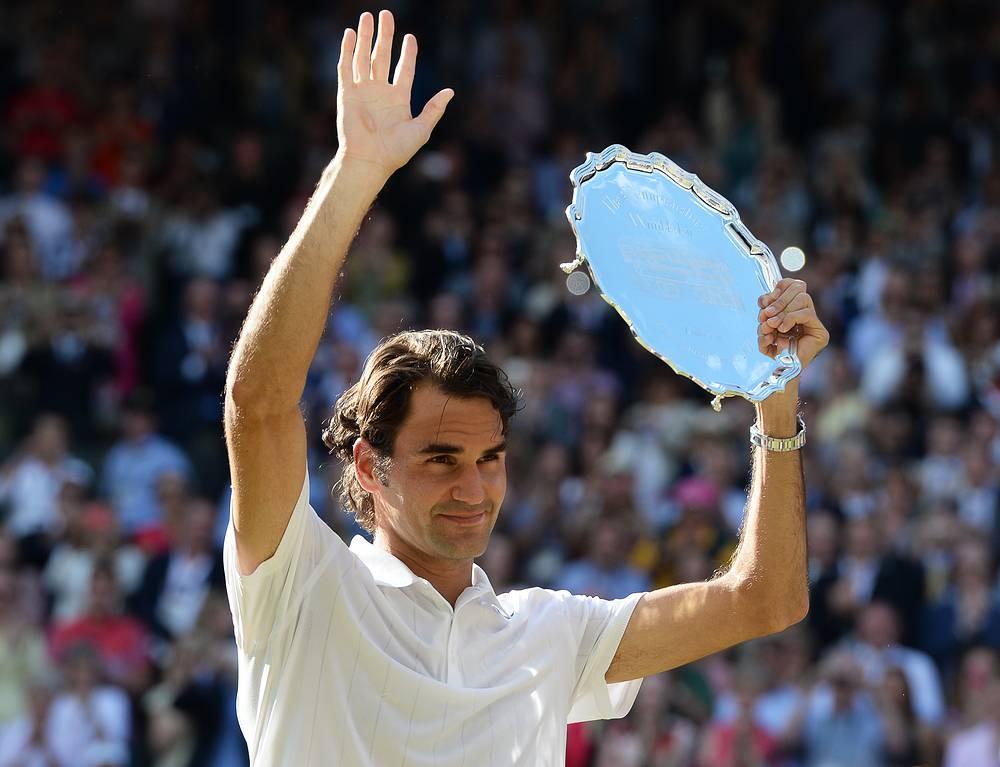 Федерер побеждал на Уимблдоне семь раз (2003-07, 2009, 2012)