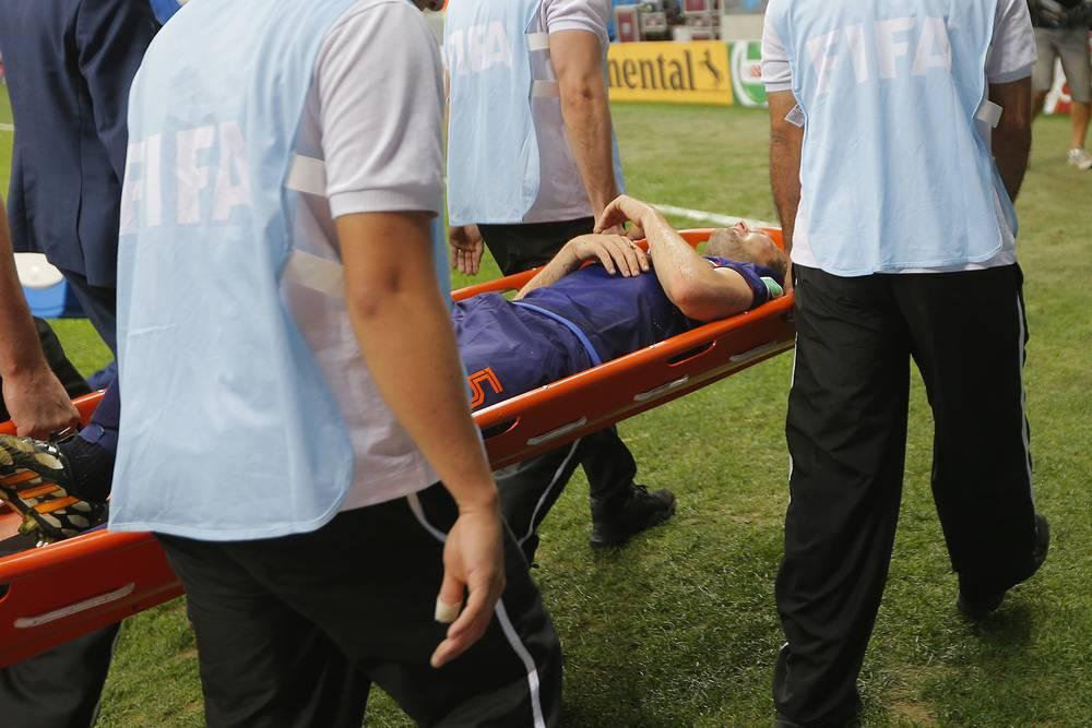 Блинд получил травму во втором тайме