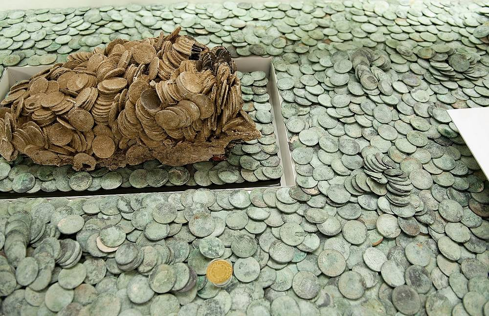 """Монеты из сокровищ фрегата """"Нуэстра Сеньора де лас Мерседес"""""""