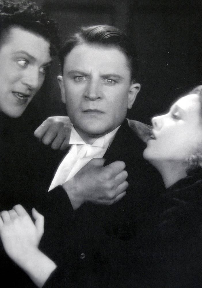 """""""Человек с острова Мэн"""", 1929 год, 100 мин. Последняя немая лента Хичкока, поставлена по роману  Холла Кейна"""