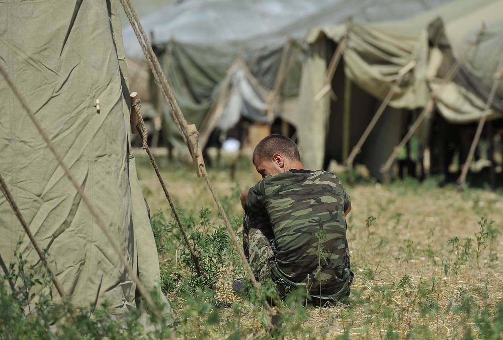 Также был проведен медосмотр военнослужащих, оказана медицинская помощь нуждающимся в ней