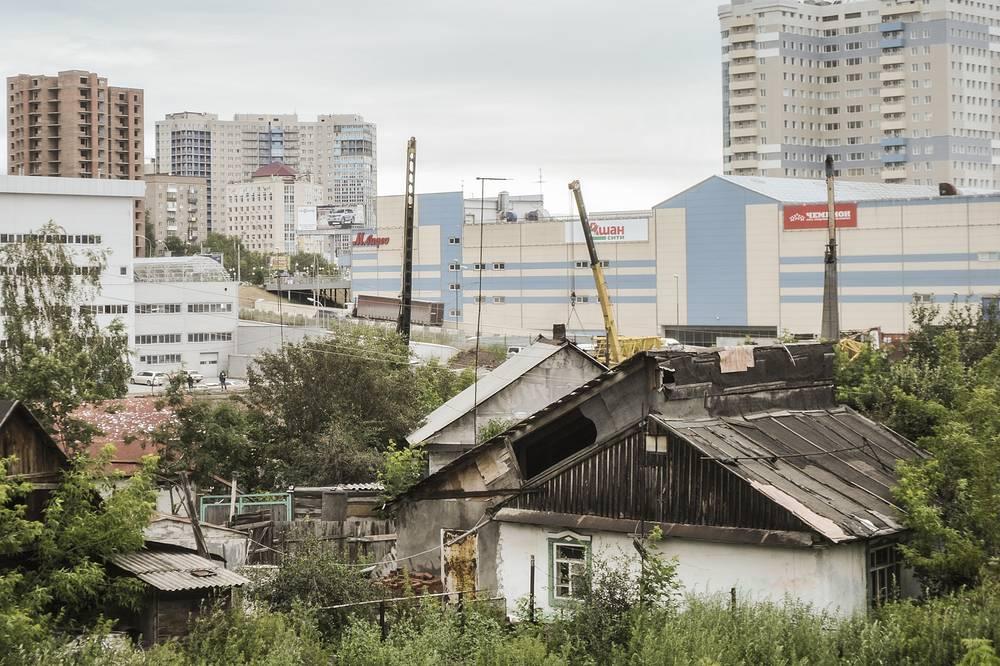 Замминистра  строительства и ЖКХ России Леонид Ставицкий заявил, что проблема долгостроев в Новосибирске решится в течение 2-2,5 лет