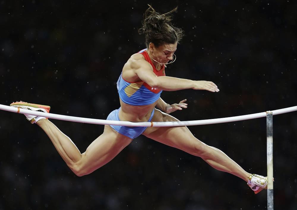 Елена Исинбаева, легкая атлетика. Чемпионка ВЮИ-1998 в Москве - двукратная олимпийская чемпионка, многократная рекордсменка мира