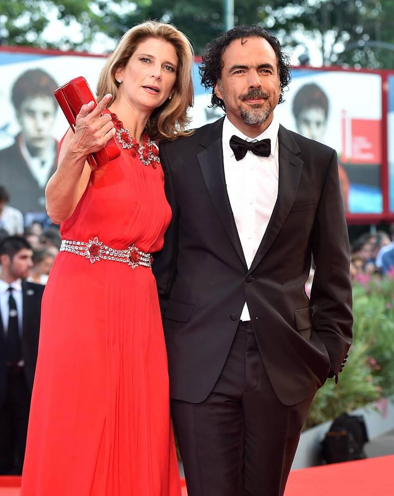 Мексиканский режиссер Алехандро Гонсалес Иньярриту с женой Марией Эладиа Хагерман