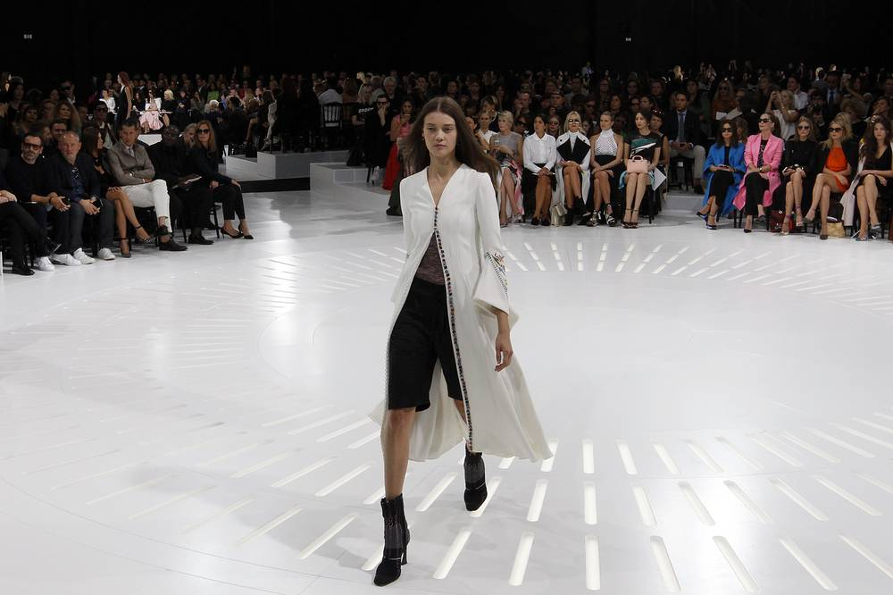 Дефиле Christian Dior