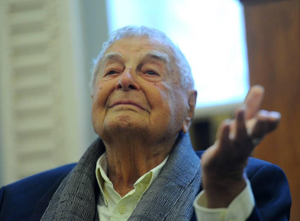 Юрий Любимов в Театре имени Вахтангова