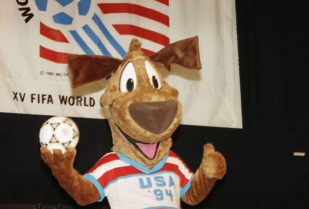 Талисман чемпионата мира по футболу 1994 года в США - Пес Страйкер (Striker)