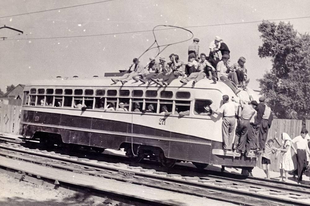 С начала 50х и до середины 80-х годов, до запуска метро, трамвай стал основным видом новосибирского общественного транспорта