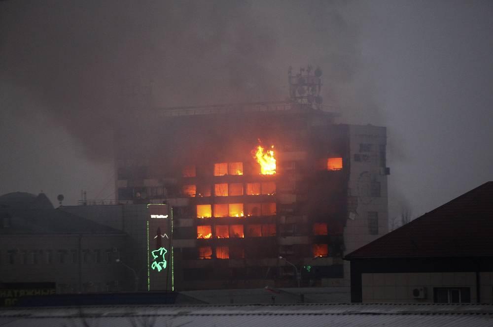 В Грозном в ночь на четверг боевики напали на пост ДПС. В перестрелке погибли трое сотрудников патрульной службы