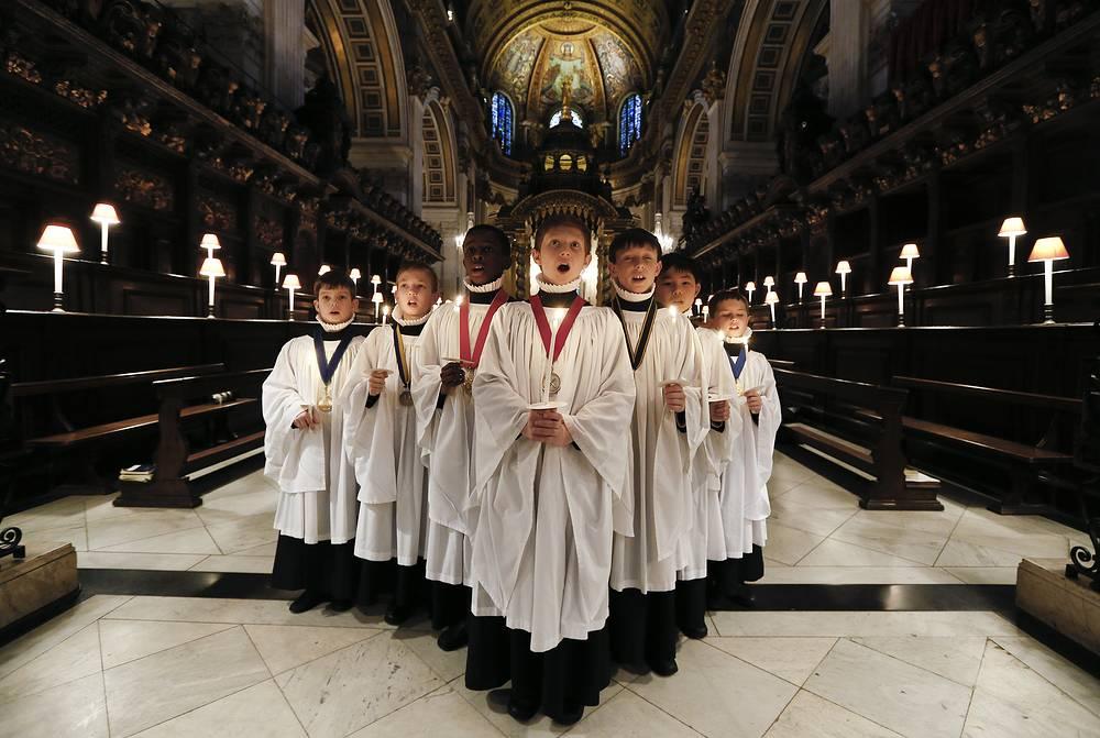 Хористы собора Святого Павла в Лондоне, 22 декабря