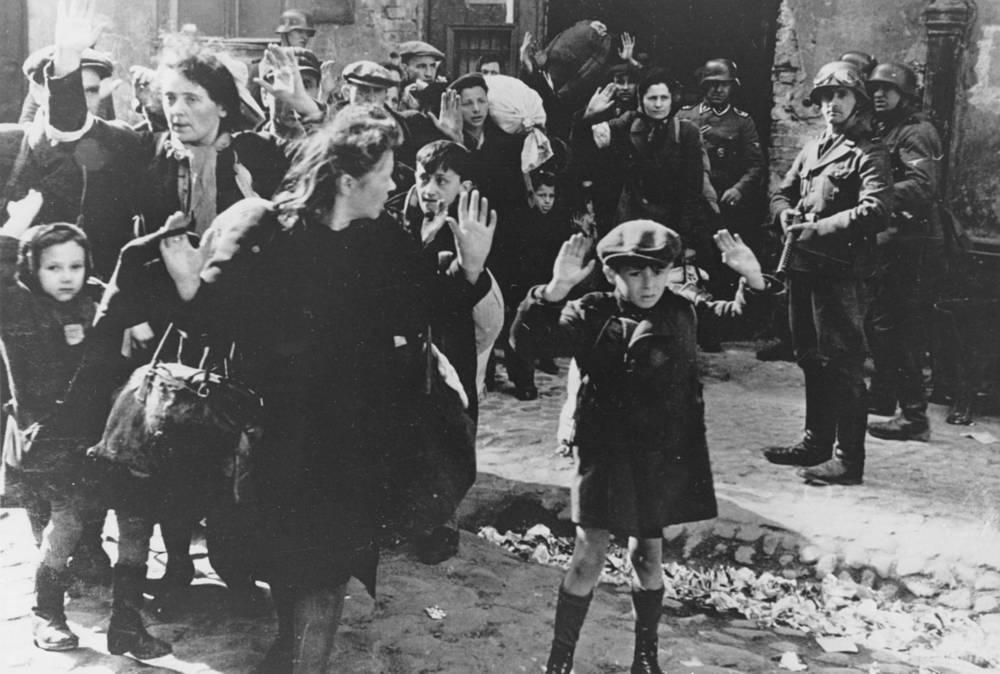 Евреи в варшавском гетто, 1943 год