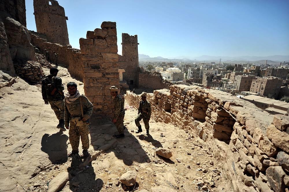 У стен Старого города в Раде