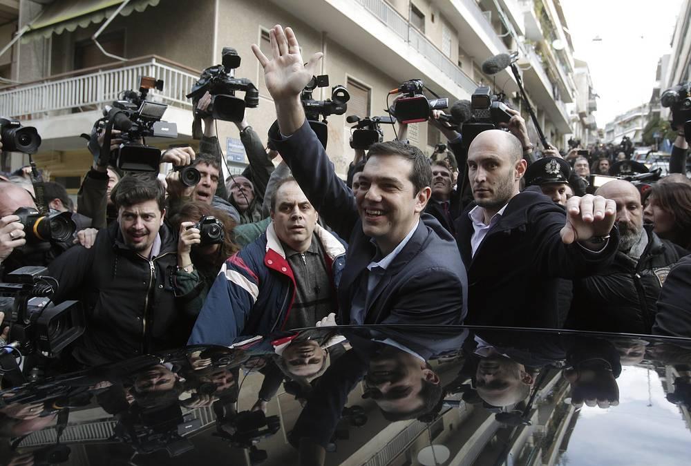 Президент России Владимир Путин поздравил Алексиса Ципраса c победой и заявил, что рассчитывает на дальнейшее развитие сотрудничества РФ и Греции