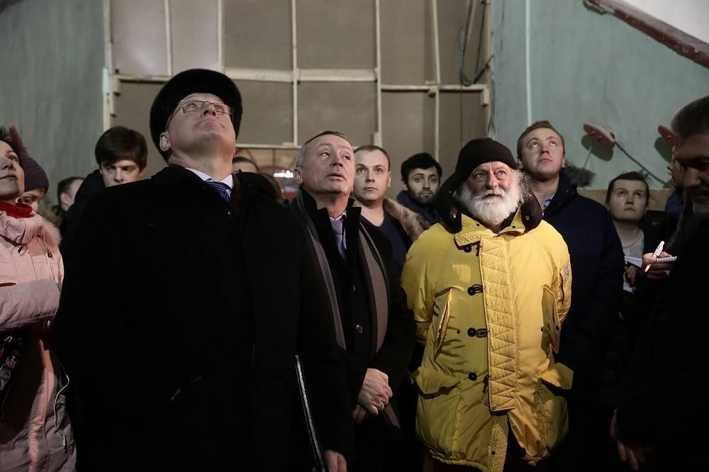 Вице-губернатор Петербурга Владимир Кириллов  и худрук цирка на Фонтанке Вячеслав Полунин