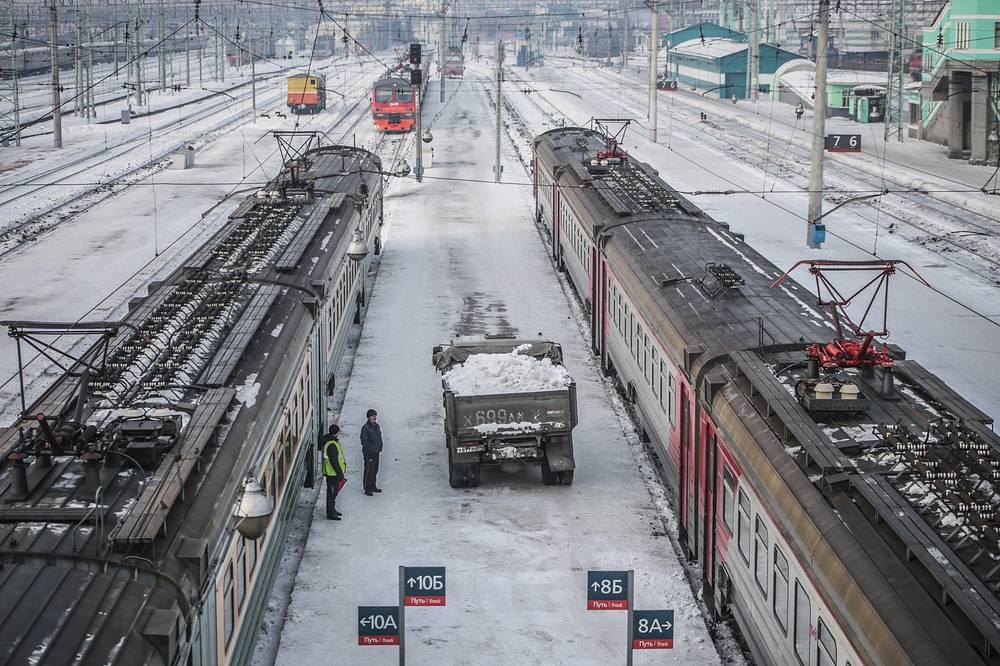 В РЖД заявили, что причиной проблем с электричками стал накопленный долг регионов перед перевозчиками, который, по некоторым оценкам, превышает 36 млрд руб.