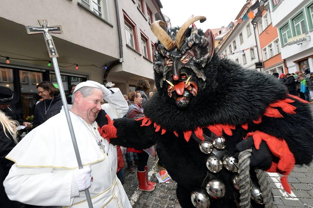 Карнавальное шествие в Равенсбурге, Германия