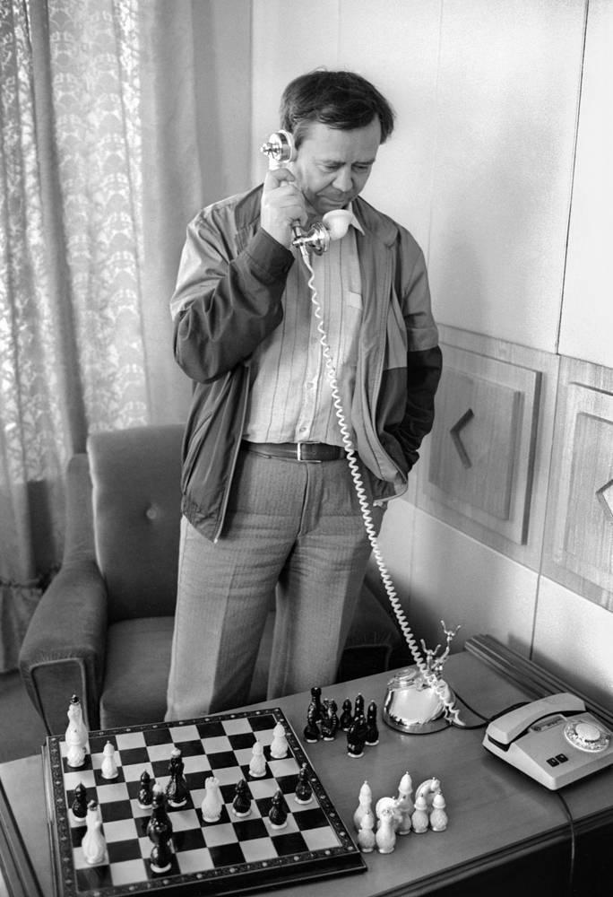 Писатель Валентин Распутин, 1987 год