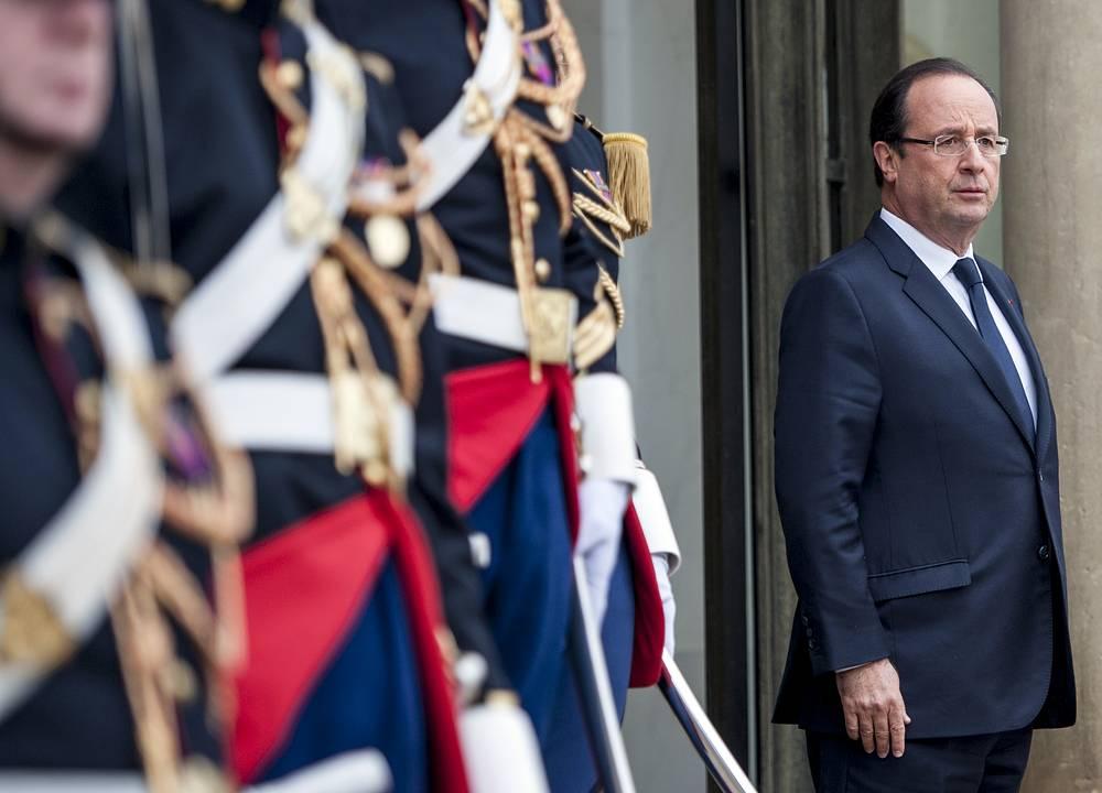 Президент Франции Франсуа Олланд - $20,4 тыс. в месяц