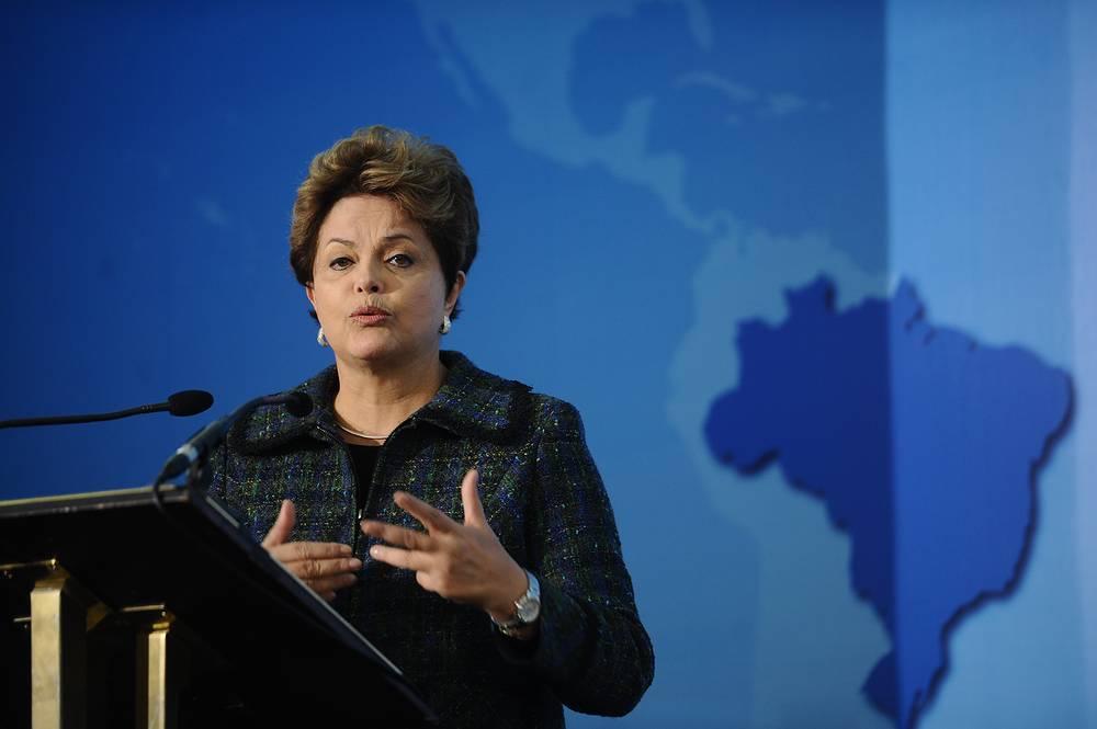 Президент Бразилии Дилма Руссефф - $11,8 тыс. в месяц
